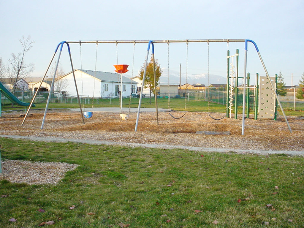 Singing Hills Park Swing Set