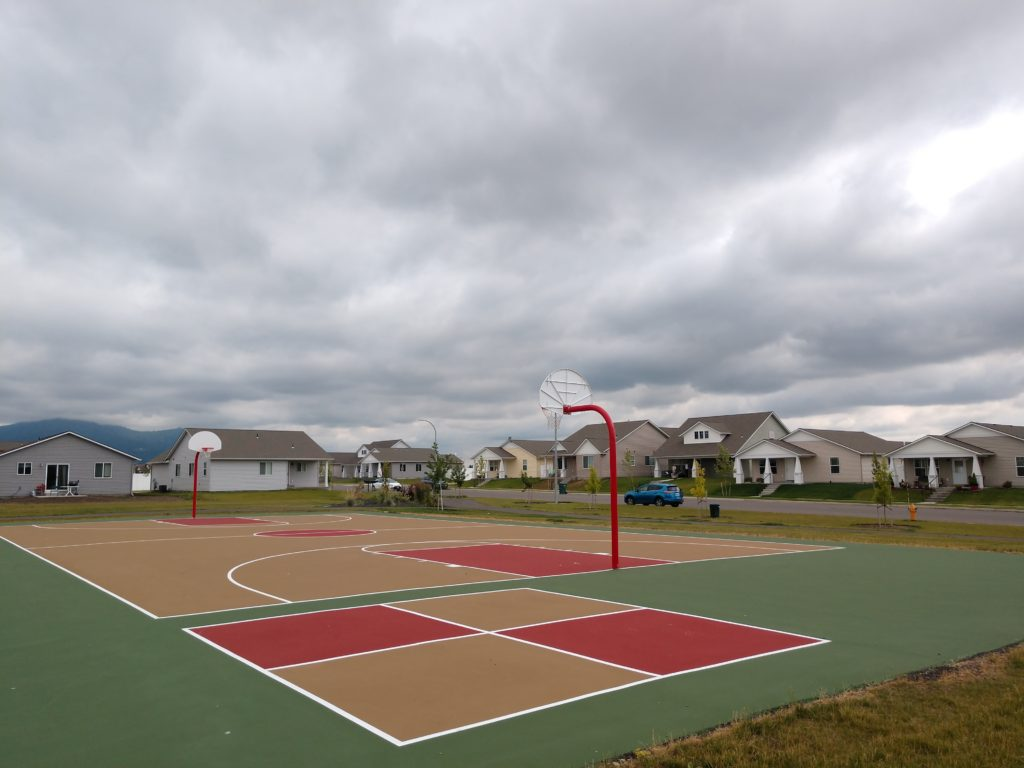 Basketball Court at Crown Pointe