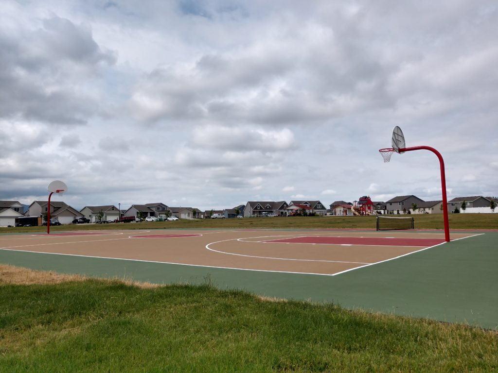 Basketball & Pickleball Courts at Crown Pointe