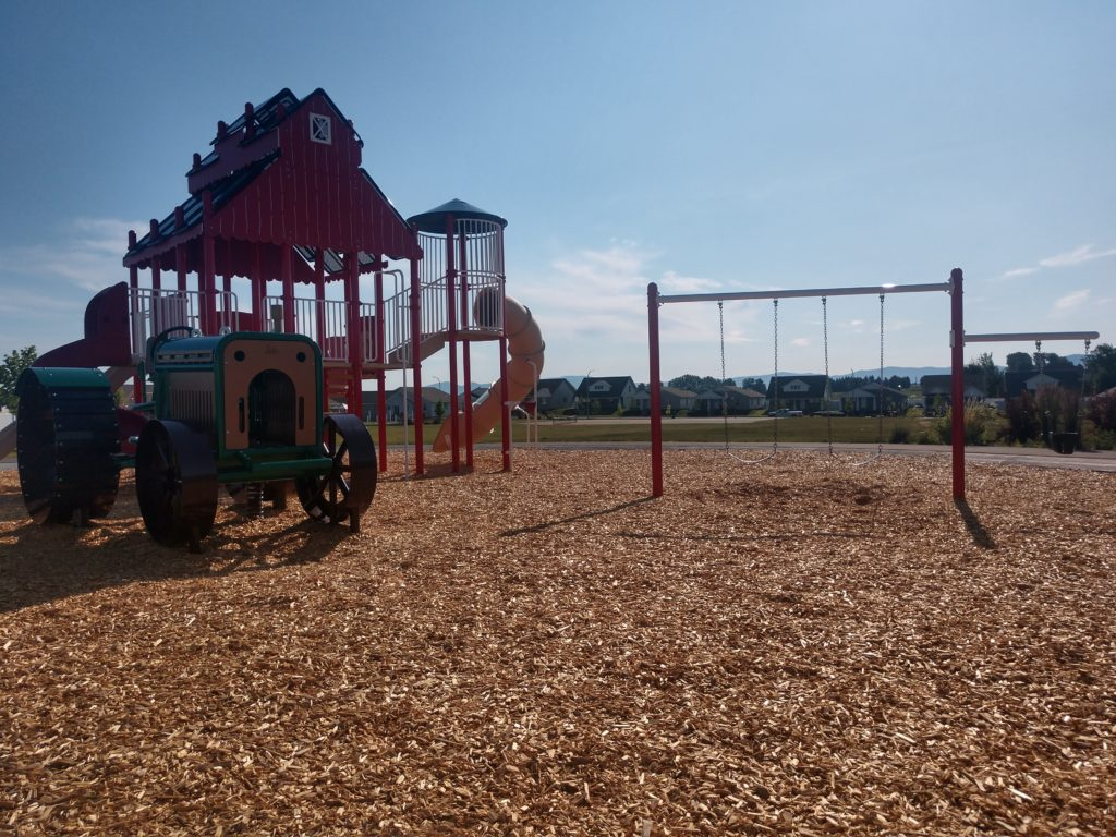 Crown Pointe Park Playground Equipment